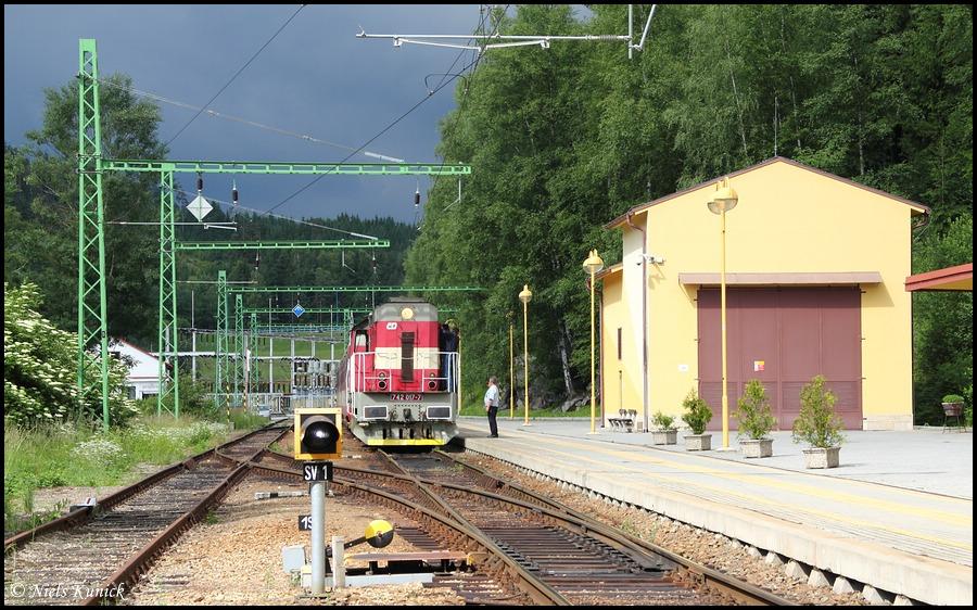 picture: http://www.bahnhof-oschatz.de/900/X-CZ_Lipno_2011-06-14_01.JPG