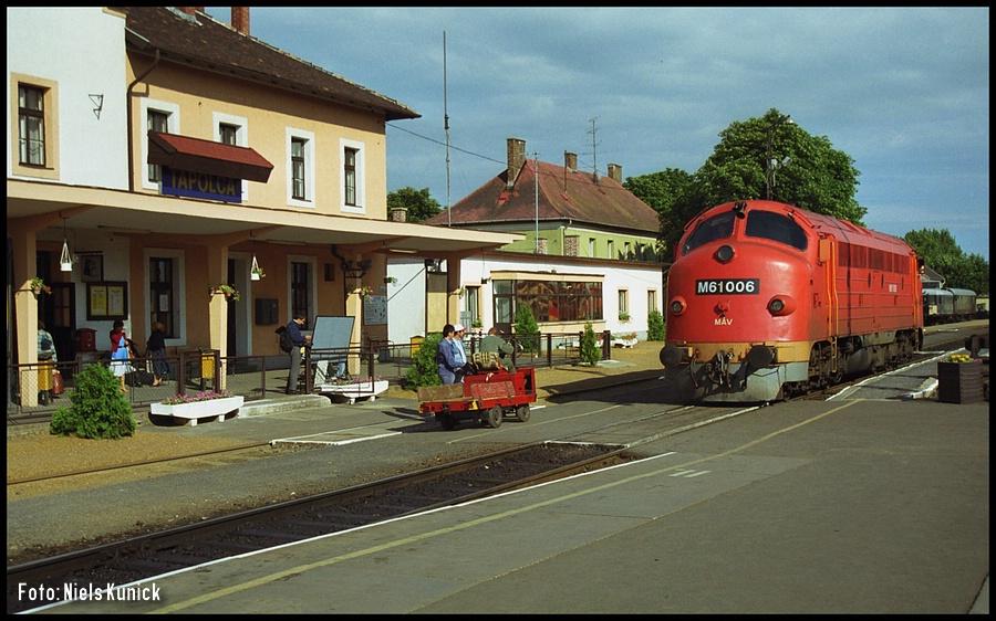 http://www.bahnhof-oschatz.de/900/X-HU_Tapolca_1998-06-17_M61-006.JPG